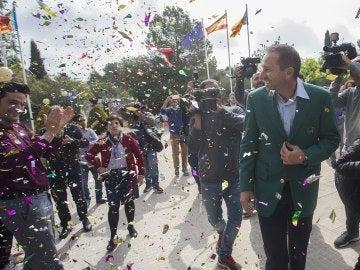 Sergio García recibiendo su homenaje en Borriol