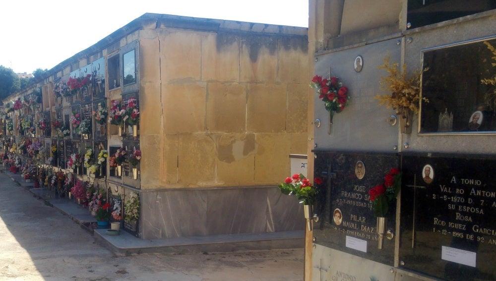 Nichos en un cementerio