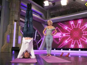 Aprende a hacer yoga con Elsa Pataky en 'El Hormiguero 3.0'