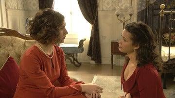 Lucía hace dudar a Camila, ¿tiene Hernando una amante?
