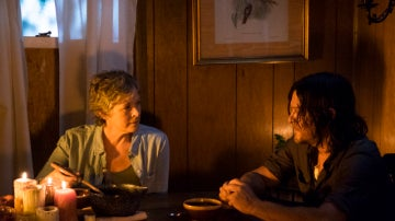 Carol y Daryl en la séptima temporada de 'The Walking Dead'