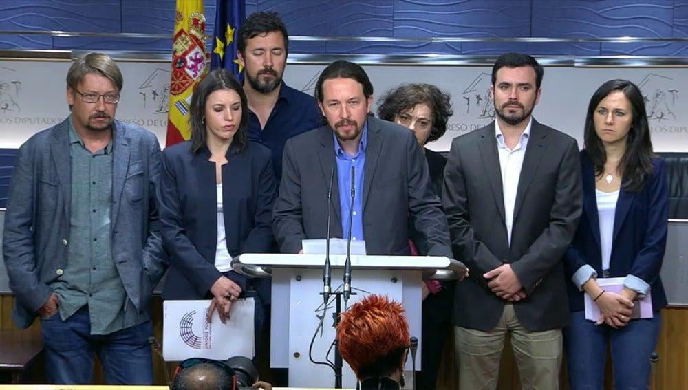 Unidos Podemos plantea una moción de censura contra el PP