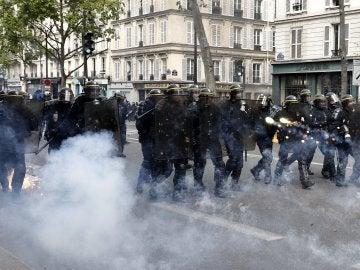 La policía durante unos disturbios durante una protesta