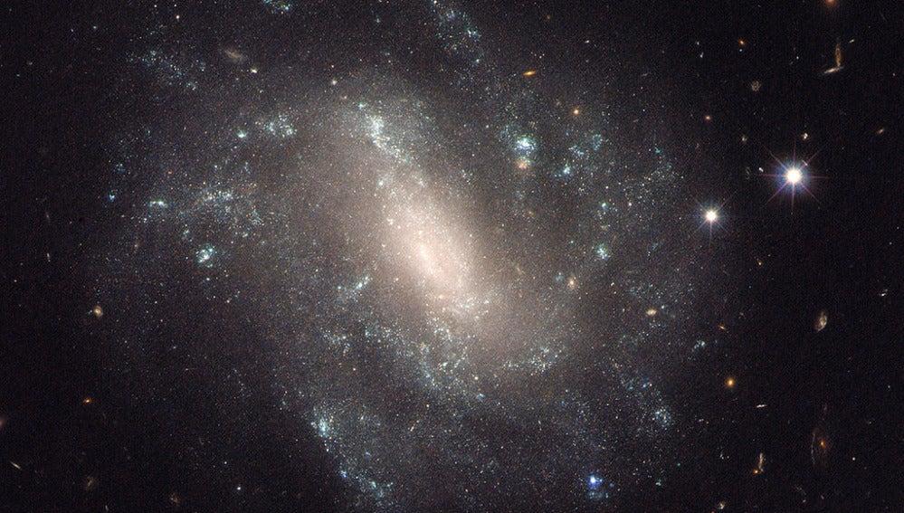 No existen evidencias que confirmen la existencia de múltiples universos