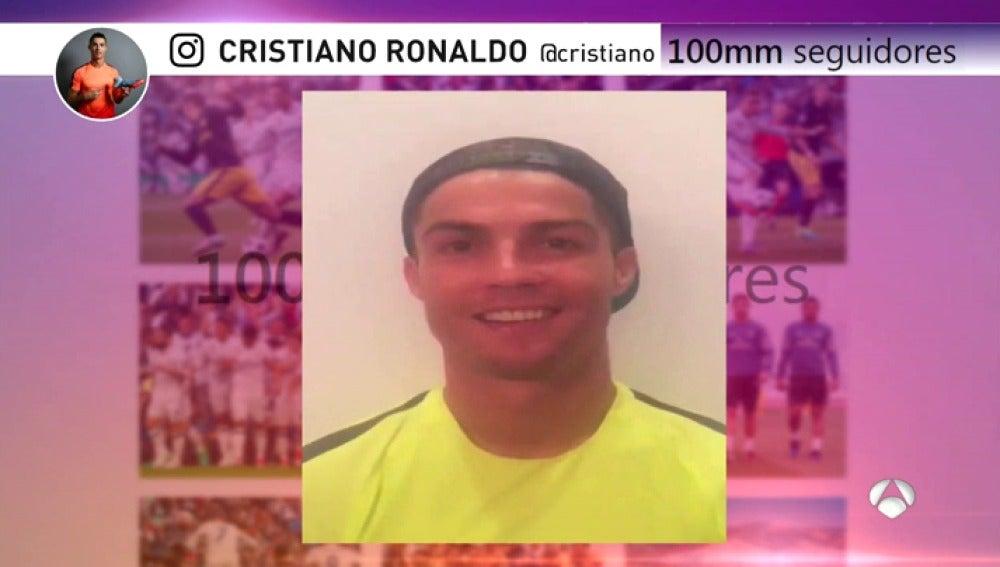 Frame 0.0 de: CristianoInstagramA3D