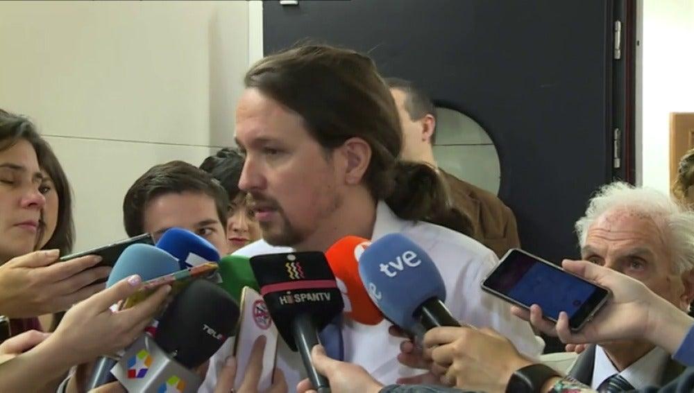 Frame 15.265166 de: Pablo Iglesias llama a pensar en España más que en la situación interna de los partidos