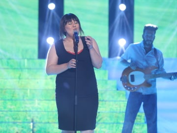 Vicky Armas, una despampanante Amaral con su interpretación 'Te necesito'