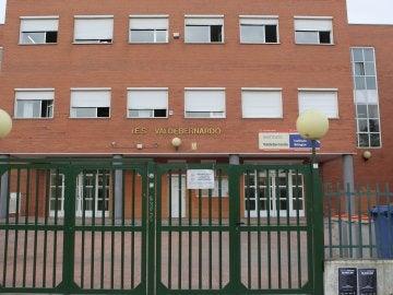 IES Valdebernardo, donde tuvo lugar el apuñalamiento de una menor a un compañero en Madrid