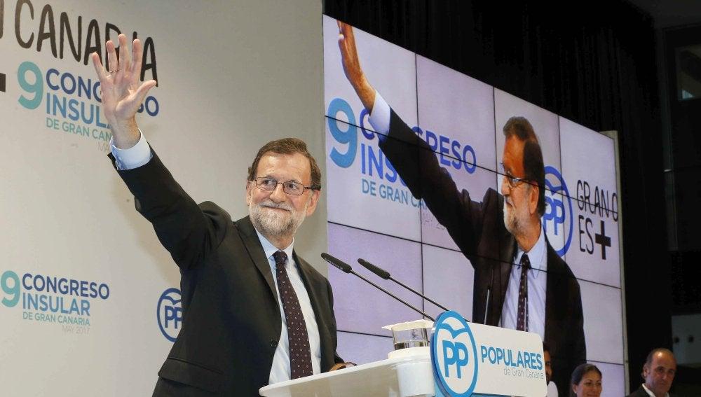 El presidente del gobierno, Mariano Rajoy, durante su intervención en la clausura del congreso insular del PP de Gran Canaria