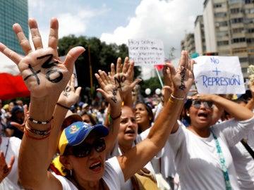 Protesta de mujeres en Venezuela