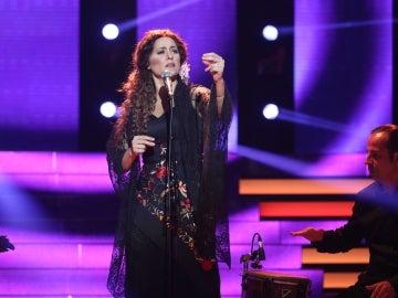 Lorena Gómez, una auténtica flamenca cantando 'En lo alto del cerro' de Estrella Morente