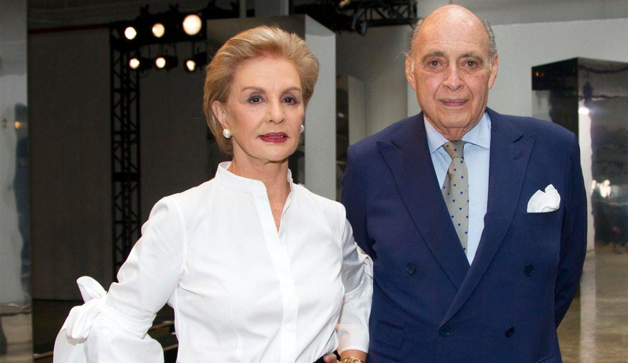 La diseñadora Carolina Herrera y su esposo Reinaldo Herrera