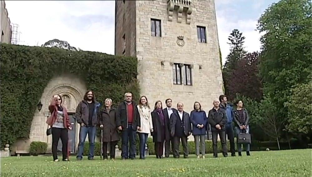 Frame 10.951111 de: La Comisión de Cultura del Parlamento gallego visita el Pazo de Meirás para supervisar el funcionamiento