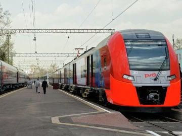 Trenes de la compañía estatal rusa de Ferrocarriles (RZhD)