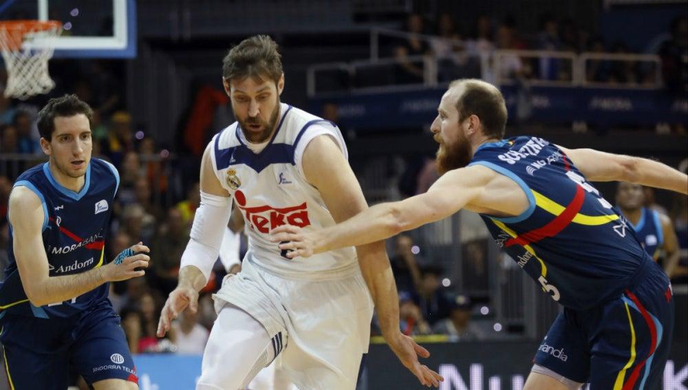 Madrid - Andorra, Baskonia - Gran Canaria, Valencia - Barcelona y Unicaja - Tenerife en los Playoffs