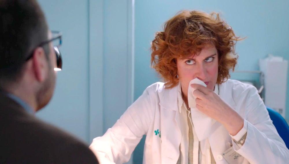 Celia se atraganta con los problemas sexuales de Dolores y su marido