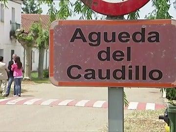 Frame 6.328891 de: Un alcalde salmantino se ofrece para acoger los restos de Franco y crear un museo de la Memoria Histórica