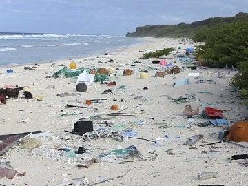 La remota isla Henderson tiene la mayor densidad de basura humana del planeta
