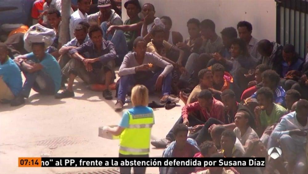 Frame 0.0 de: Detienen a 68 personas en una operación contra la mafia infiltrada en organizaciones de ayuda a inmigrantes
