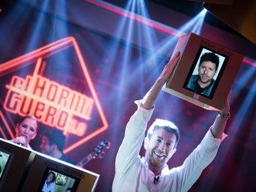 'El Hormiguero' homenajea a Alejandro Sanz con la versión más emotiva de 'Corazón Partío', interpretada por grandes artistas