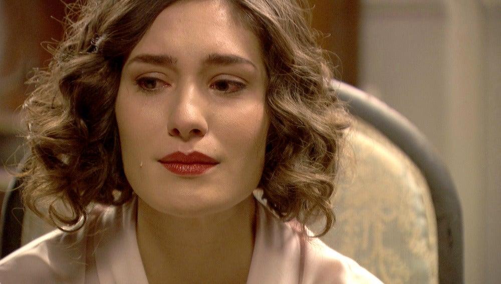 Hernando hace pedazos su relación con Camila tras confesar su infidelidad