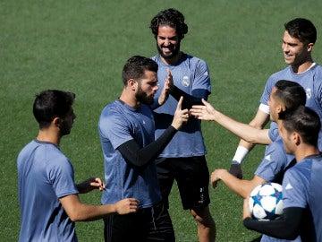 Nacho Fernández, en un entrenamiento del Real Madrid