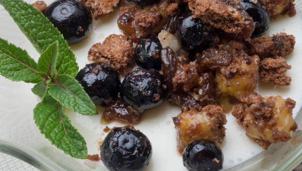 Gelatina de yogur con frutas