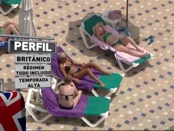 Frame 47.265166 de: Anuncian medidas ante el aumento de denuncias de intoxicaciones alimentarias falsas de los turistas británicos