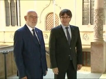 """Frame 12.360888 de: Puigdemont advierte a Maza del """"error"""" de judicializar el proceso catalán"""