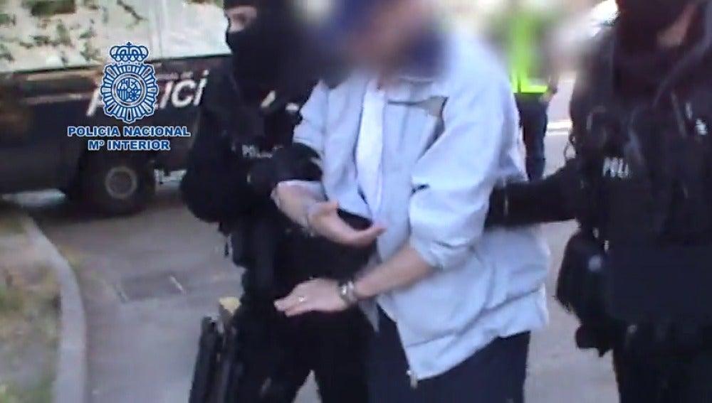 Frame 60.673261 de: Detenido uno de los fugitivos españoles más buscados por la Policía
