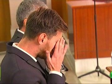 Frame 89.780574 de: El Supremo confirma la condena de Messi