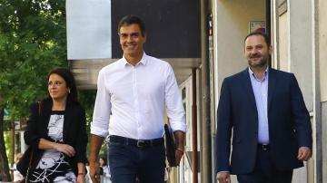Pedro Sánchez, Adriana Lastra y José Luis Ábalos