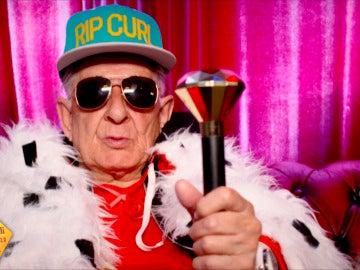 El abuelo Melquiades te enseña cómo componer reggaeton en tan solo 30 segundos