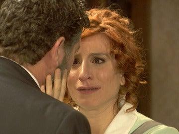 """Fe llora desconsolada: """"No te cases Mauricio, por favor"""""""
