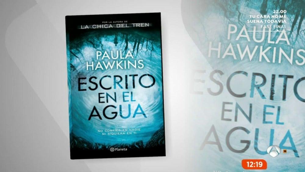 Frame 6.658333 de: Espejo Público recomienda 'Escrito en el agua' de Paula Hawkins y 'En la oscuridad' de Antonio Pampliega
