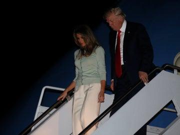 Trump y Melania a su llegada a Estados Unidos