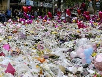 Homenajes a las víctimas en Mánchester
