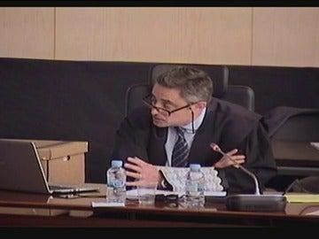"""Frame 2.179547 de: El fiscal Anticorrupción del 'caso Palau': """"Parece que la bandera justifica cualquier atropello"""""""