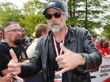 Jeffrey Dean Morgan participó en las 500 Millas de Indianápolis