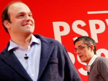 El diputado del PSOE Eduardo Madina (d) y el economista Jose Carlos Díez