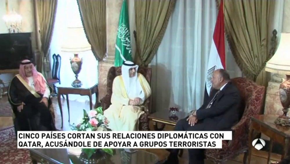 Frame 19.18 de: Baréin y Emiratos Árabes Unidos rompen también relaciones con Catar