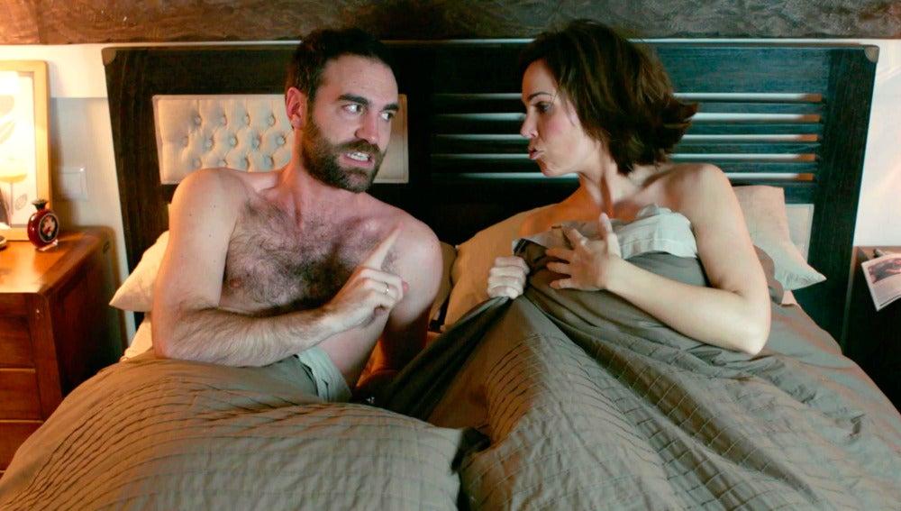 Iñaki y Gotzone amanecen desnudos en la misma cama