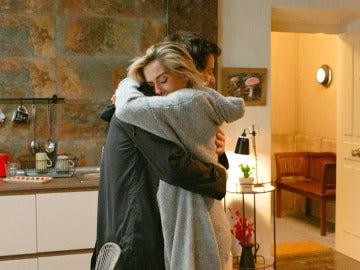 Carmen se lanza a los brazos de Horacio: He roto con Iñaki