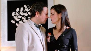 Trini convence a Cristóbal de que se casa por amor