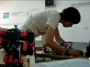 Frame 80.101479 de: Un estudiante español gana concurso de la NASA para explorar Marte
