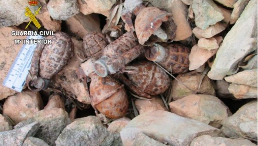 Hallan tres bombas y siete granadas de la Guerra Civil en Tarragona