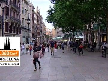 Frame 60.852701 de: Los españoles nos gastamos más de 18 mil millones de euros en ropa en 2016