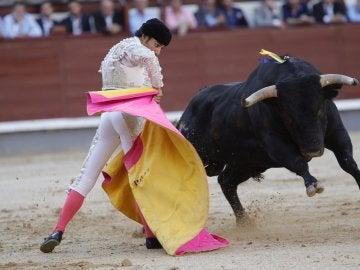 Gómez del Pilar sobresale en una tarde de mansos complicados y toreros resueltos