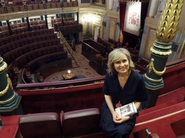 María Rey presenta 'Juego de escaños'
