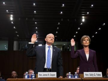La exfiscal general Sally Yates y el exdirector nacional de Inteligencia James Clapper